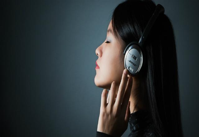 Cách ít người biết để luyện nghe tiếng Hàn trung cấp hiệu quả