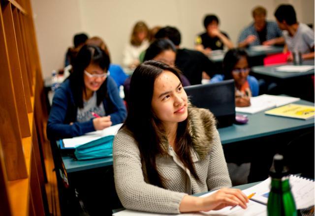 Có nên học tiếng Hàn với giáo viên bản ngữ?