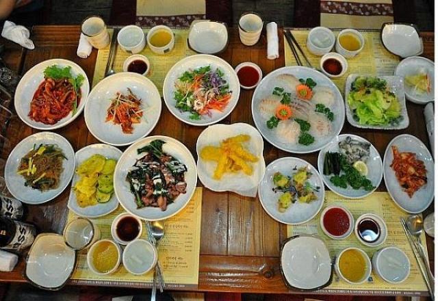 Văn hóa ăn uống của người Hàn mà bạn học tiếng Hàn nên biết
